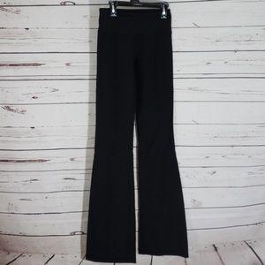 Lululemon athletica reversible pants size 2?